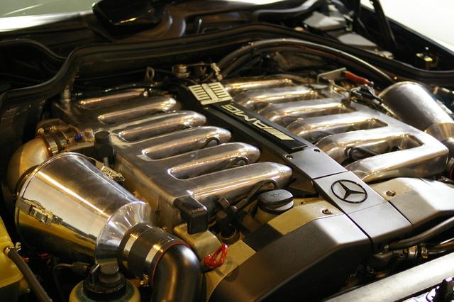 BMW E38 Club - еще одна легенда... Mercedes Benz  W124
