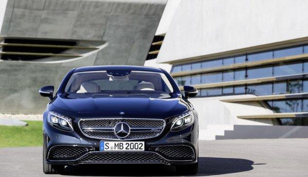 После слухов в конце прошлой недели, Mercedes-Benz официально показал S65 AMG Coupe