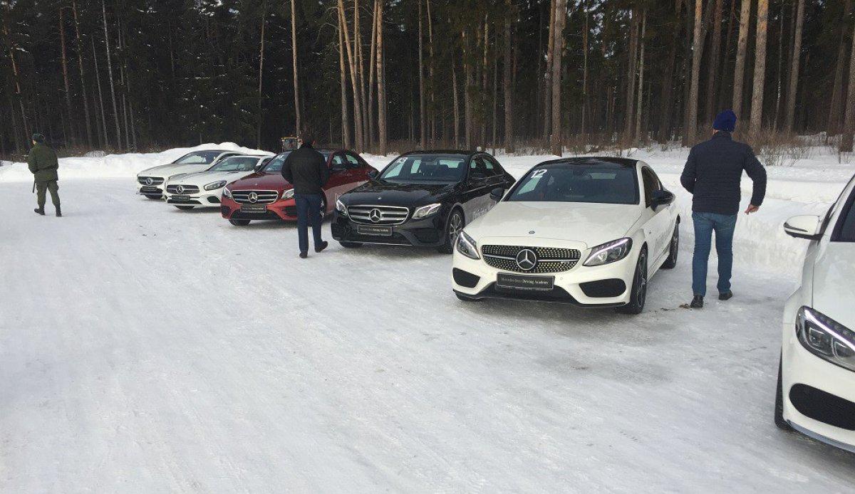 Зимний тренинг Академии вождения Мерседес