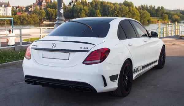 C63 AMG 2015